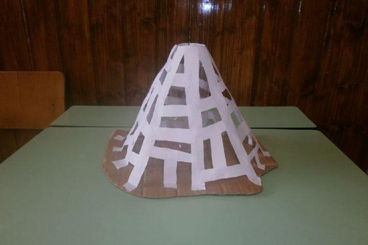 Этап изготовления поделки из папье-маше