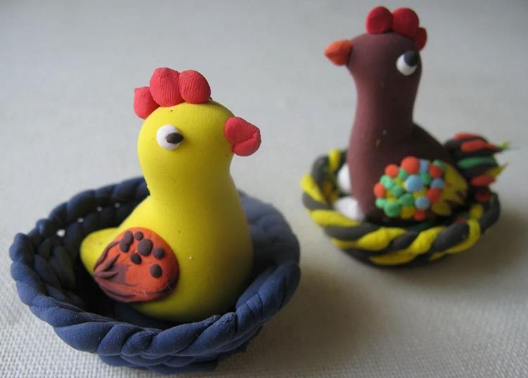 Поделка курица из пластилина