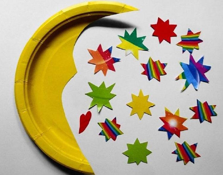 Поэтапное изготовление поделки луна из одноразовых тарелок